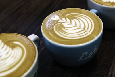 How to: latte art, with Anouk Rodenburg